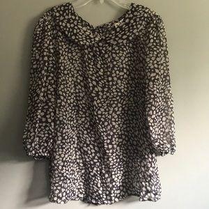 Super cute blouse-Size Large